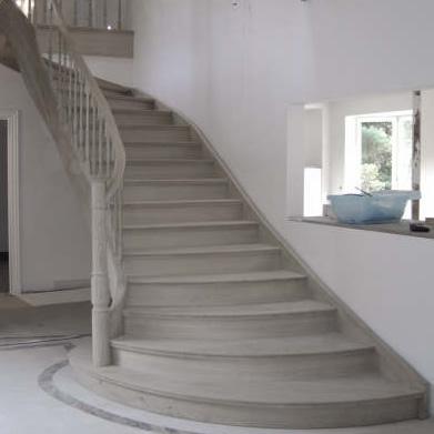 escalier en bois sur mesure nivelles brabant wallon et bruxelles menuiserie lambrechts. Black Bedroom Furniture Sets. Home Design Ideas